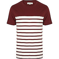 Dark red stripe contrast yoke t-shirt