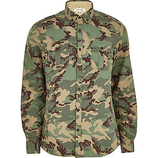 Khaki camo print roll sleeve shirt