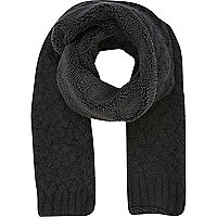 Grey borg lined scarf