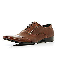 Brown perforated wingtip pointed brogues