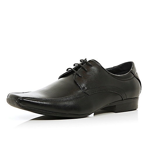 Black square toe panelled shoes