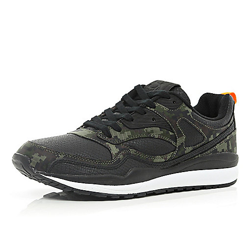 Black camo print panel trainers