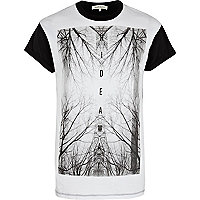 White hideaway wilderness print t-shirt