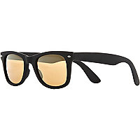 Black matt retro sunglasses
