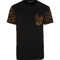 Black floral pocket crew neck t-shirt