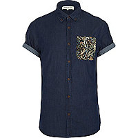 Dark wash paisley pocket short sleeve shirt