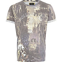 Grey Holloway Road scene print t-shirt
