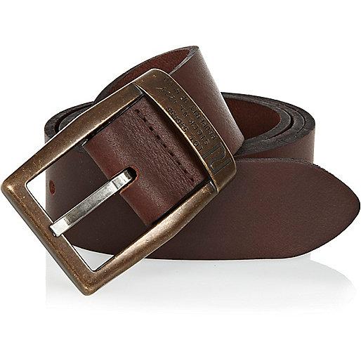 Dark brown belt