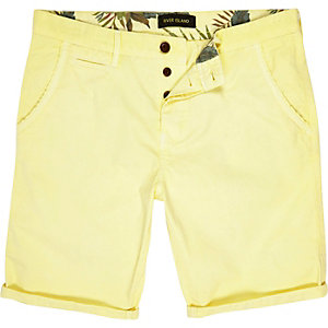 Yellow slim chino shorts