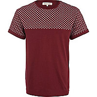 Dark red tile print yoke t-shirt