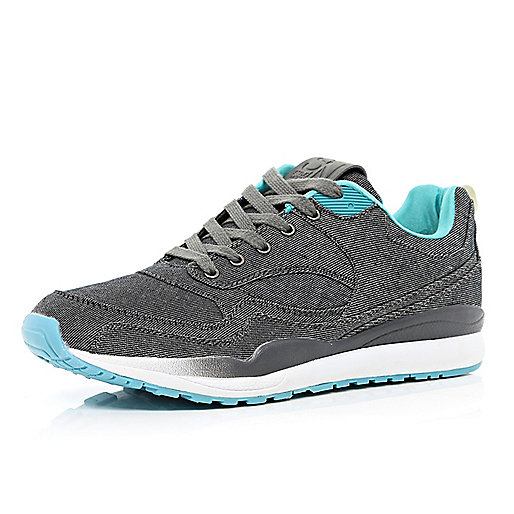 Grey contrast trim trainers