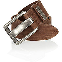 Brown wide prong belt