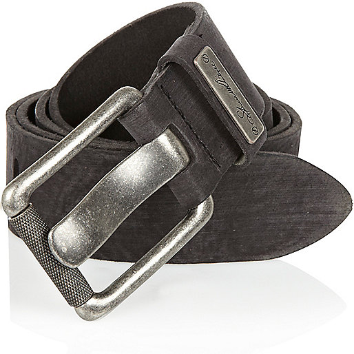 Black wide prong belt
