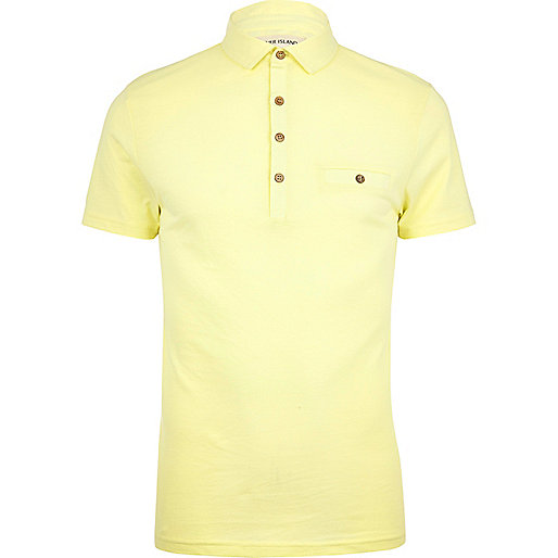 Light yellow short sleeve polo shirt