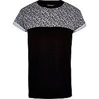 Black monochrome print yoke t-shirt