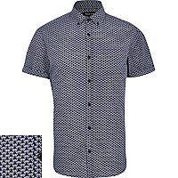 Navy geometric print short sleeve shirt