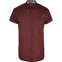 Dark red fan print short sleeve shirt