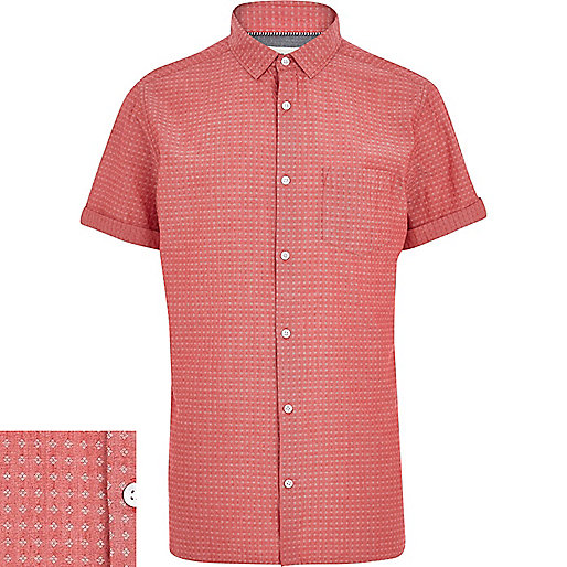 Red chambray ditsy print short sleeve shirt