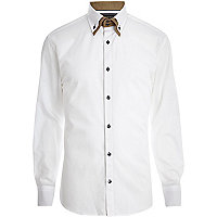 White contrast double collar shirt