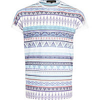 Blue tribal stripe print t-shirt