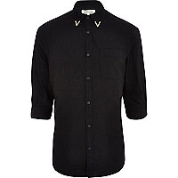 Black metal collar tip Oxford shirt