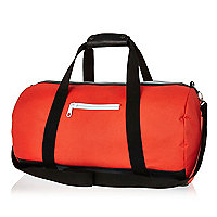 Red contrast trim holdall