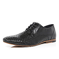 Black woven front shoes