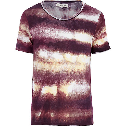 Dark red tie dye print low scoop t-shirt