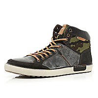 Brown camo panel high tops