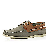 Grey two-tone boat shoes