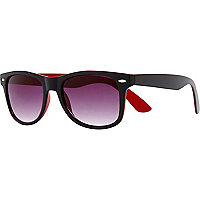 Black matte retro sunglasses