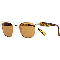 Brown tortoise shell frosted retro sunglasses
