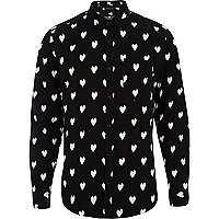 Black ikat heart print long sleeve shirt