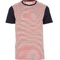 Red stripe contrast sleeve t-shirt