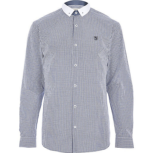 White check long sleeve shirt
