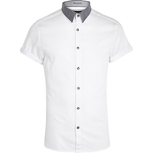 White contrast collar short sleeve shirt