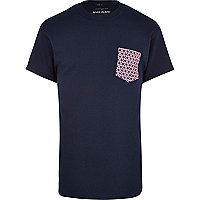 Navy ditsy print pocket t-shirt