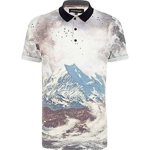 Ecru mountain scene print polo shirt