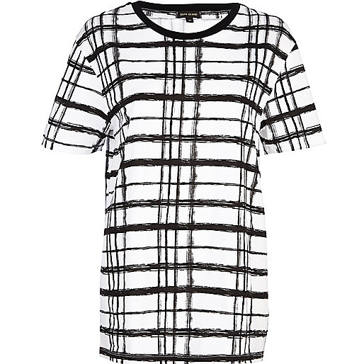 Black and white painted check t-shirt