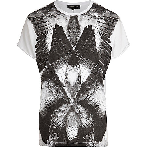 White abstract feather print t-shirt