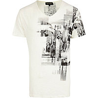 Ecru smoky photo print low scoop t-shirt