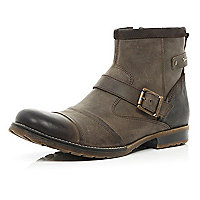 Brown buckle trim military boots
