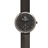 Black minimal round watch