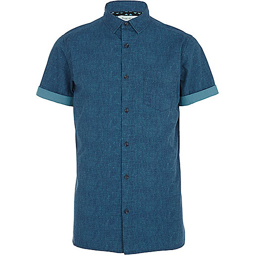 Teal textured short sleeve shirt