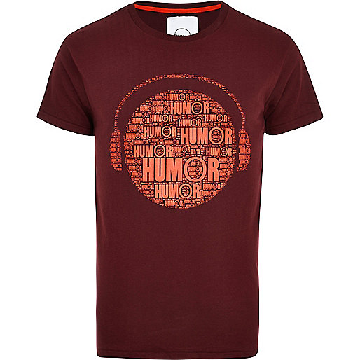 Dark red Humor headphone print t-shirt