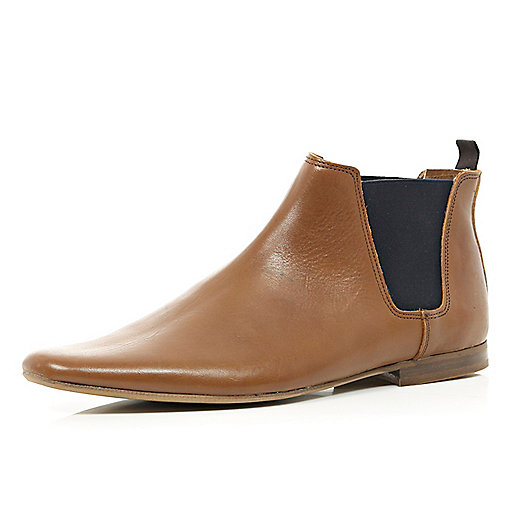 Light brown leather Chelsea boots