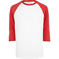 Red contrast raglan sleeve t-shirt