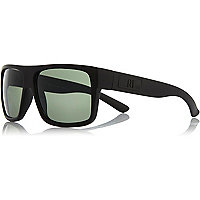 Black matte flat top retro sunglasses