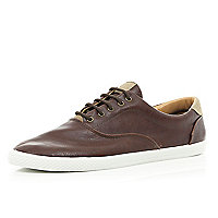Dark brown plimsolls