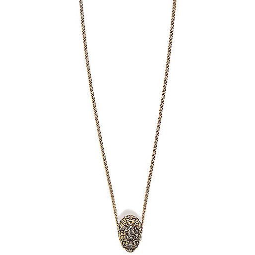 Gold tone Lusardi skull pendant necklace
